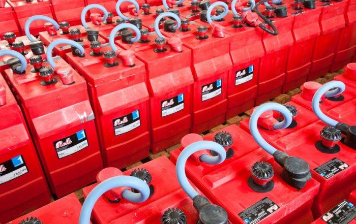 batteries-rolls-off-grid