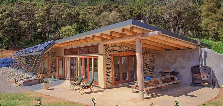 earthship-biotecture-contractor-construction
