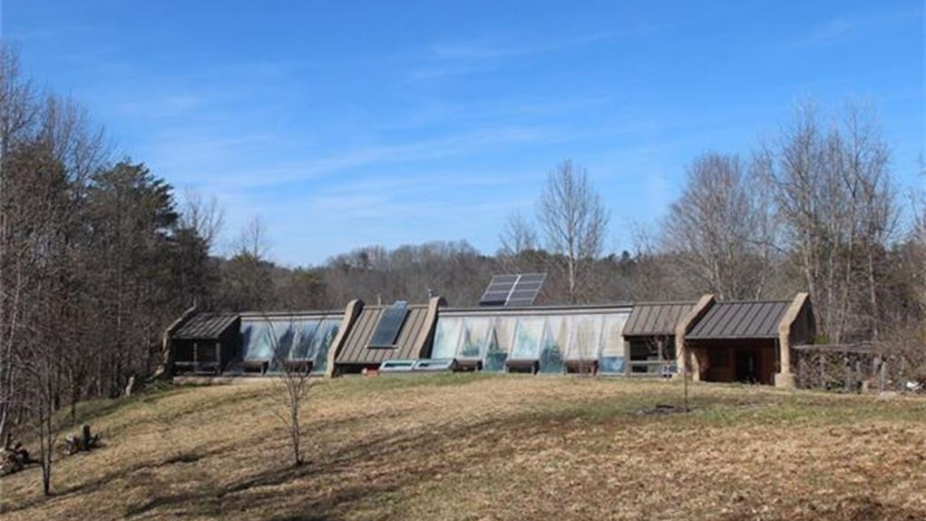 earthship-north-carolina-madison1