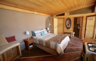 tiny-earthship-airbnb-interior-5